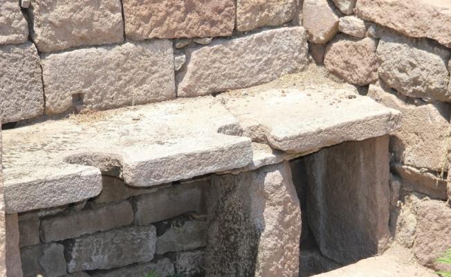 (Özel) 2 bin yıl önce idrarı depolayıp deri üretiminde kullanmışlar