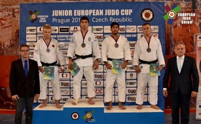 Şampiyon judocu Şişmanlar'dan Avrupa'da bir madalya daha