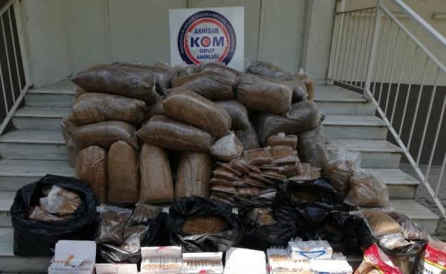 Manisa'da ekipler zehir tacirlerine geçit vermiyor
