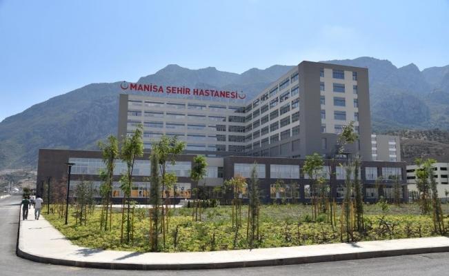 Manisa Şehir Hastanesi hasta kabulüne başladı