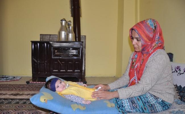 Beş aylık Eslem bebek, yardım eli bekliyor