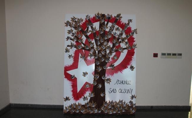 'Şehit öğretmenler anı ağacı' büyük ilgi gördü