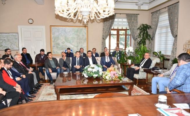 Vali Deniz AK Parti'lileri ağırladı