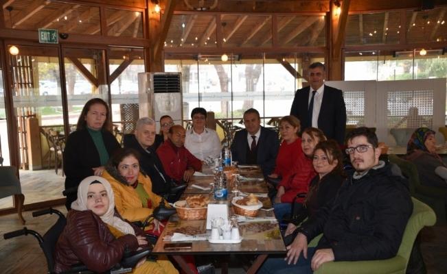 Başkan Çerçi engellilerle bir araya geldi