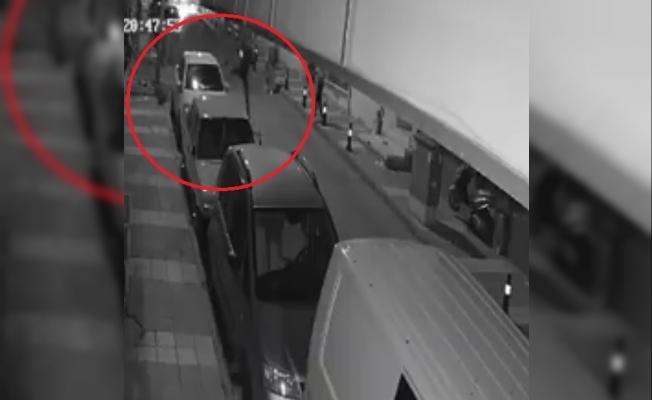 Manisa'da araçlara zarar veren 2 zanlı kameralara yakalandı