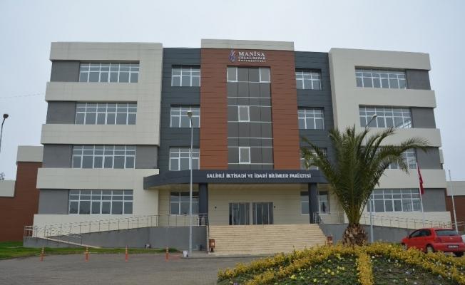 Salihli İİBF'de 160 öğrenci eğitim görüyor