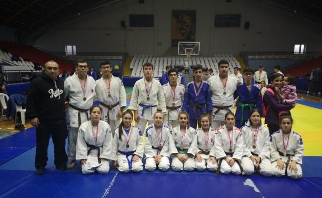 Yunusemreli judocular başarılarına bir yenisini ekledi