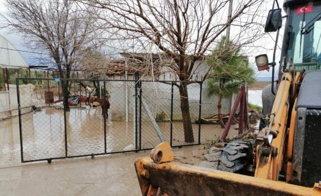 Bekirler'deki sel felaketine anında müdahale
