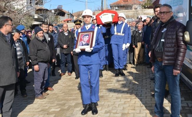 Emekli uzman çavuş törenle toprağa verildi