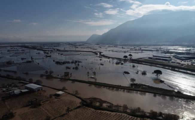 Sular çekilmeden yeni sağanak yağış uyarısı