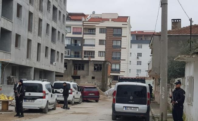 Manisa'da uyuşturucu operasyonu: 2 gözaltı