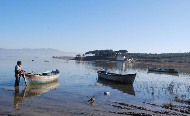 Marmara Gölü'ne can suyu