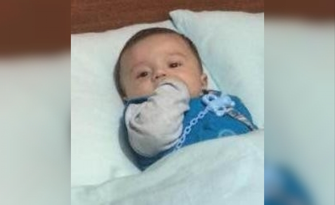 Balkondan düşen 15 aylık bebek hayatını kaybetti