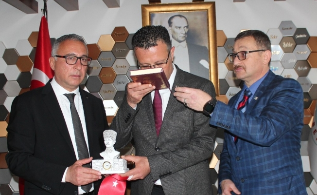 CHP, 71 yıl sonra Alaşehir'de başkanlığı devraldı