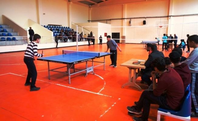 Sarıgöl'de Masa Tenisi Turnuvası düzenlendi