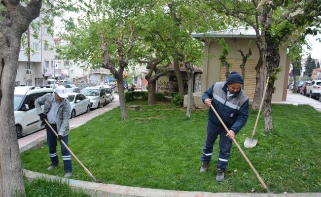 Şehzadeler Belediyesinden 15 ayrı noktada çalışma