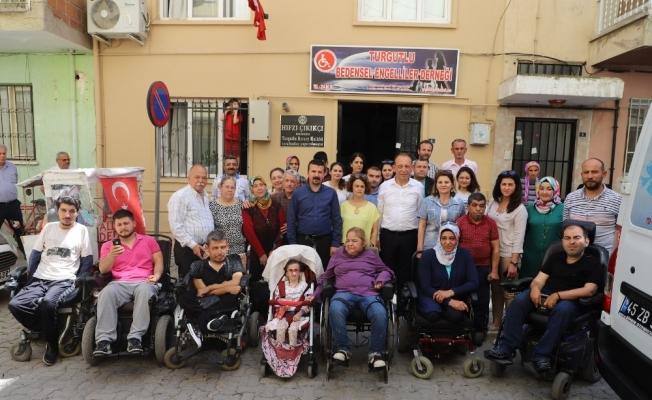 Bedensel Engelliler Derneği'nden Başkan Akın'a sıcak karşılama