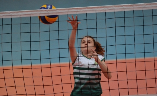 Büyükşehirin Yaz Spor Okulları altı branşta başlıyor