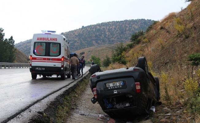 Kula'da iki otomobil çarpıştı: 5 yaralı