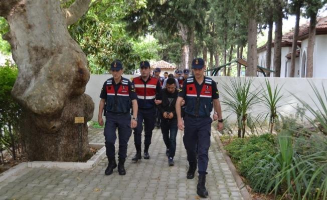 Manisa'daki cinayetle ilgili 3 kişi tutuklandı