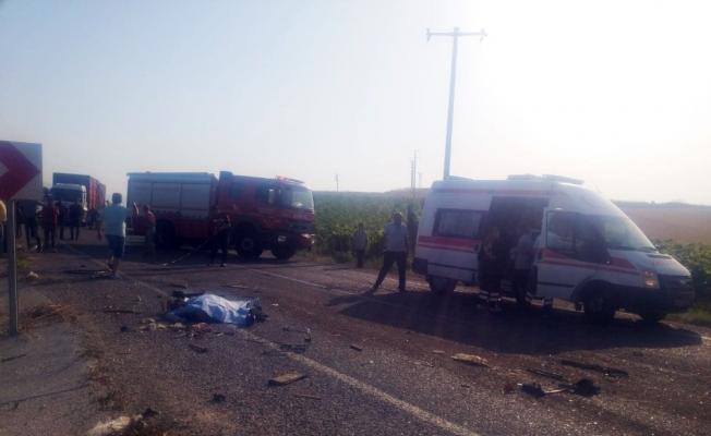 6 kişinin öldüğü feci kazada yaralı sayısı 20'ye yükseldi