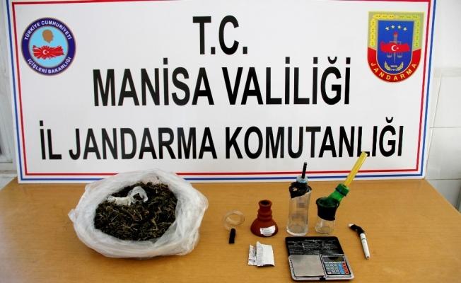 Jandarma Sarıgöl'de uyuşturucuya geçit vermiyor