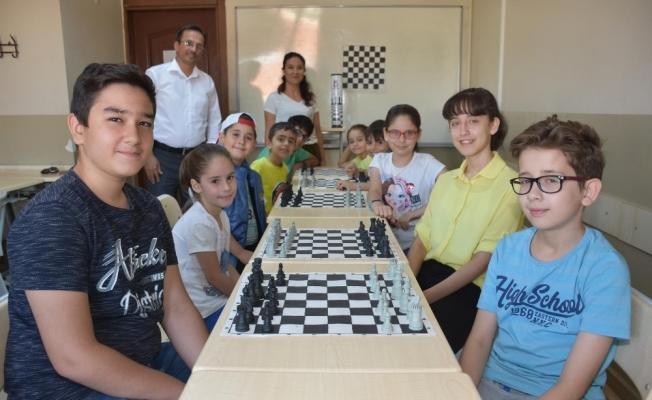 ŞEGEM, geleceğin satranç ustalarını yetiştiriyor