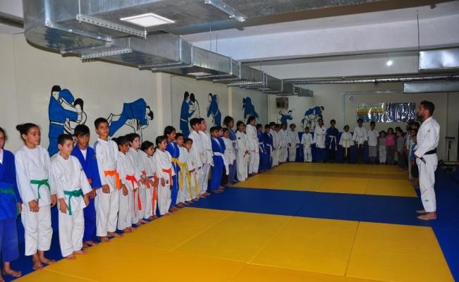 (Özel haber) Kazan dairesiydi judo salonu oldu