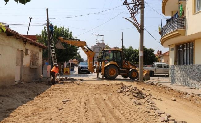 Turgutlu'da yol yapım çalışmaları hız kesmiyor