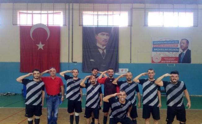 Kulalı öğretmenler Manisa şampiyonu