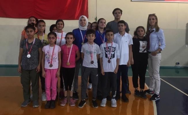 Manisa Cumhuriyet Kupasında Turgutlu'ya 17 madalya
