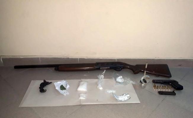 Manisa'da uyuşturucu operasyonu: 4 tutuklama