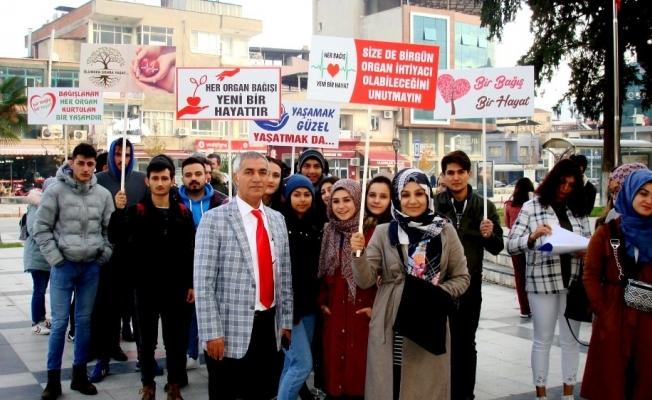 Öğrenciler Sarıgöl'de organ bağışına dikkat çekti