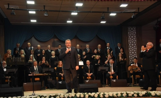Yunusemre TSM Korusundan muhteşem konser