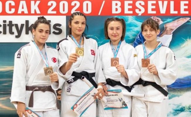 Yunusemreli judoculardan 2 madalya