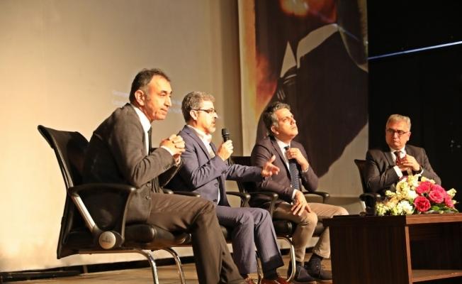Deprem uzmanları depremlerle sarsılan Akhisar'da konuştu