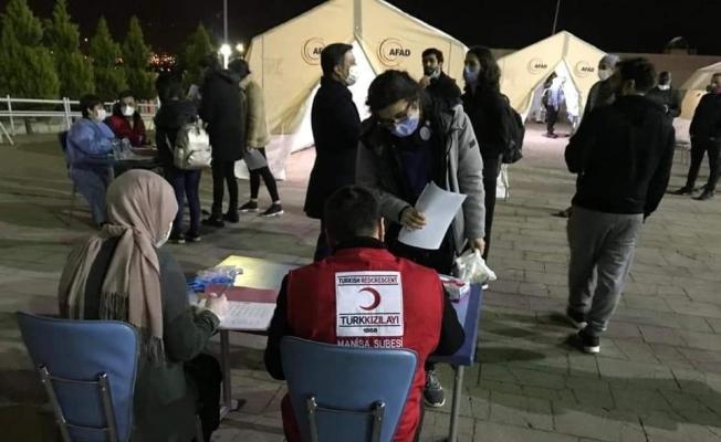 Kızılay'dan karantinadaki 318 kişiye 3 öğün yemek