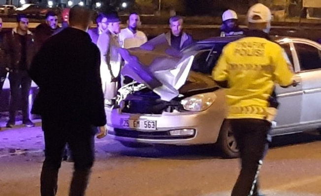 Otomobil tır'a arkadan çarptı; 1 yaralı