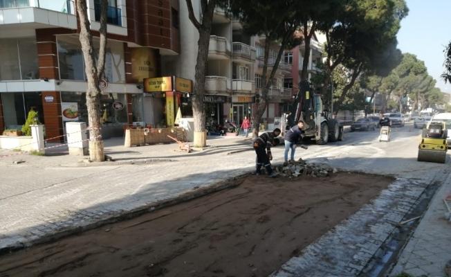 Salihli'de cadde düzenleme çalışması
