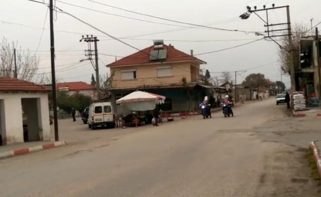 Salihli'de jandarmadan 'evde kal' çağrısı