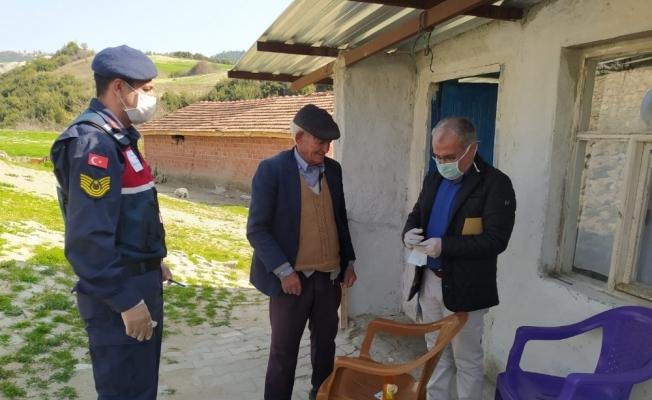Selendi Vefa Sosyal Destek Grubu yaşlıların ve hastaların hizmetinde