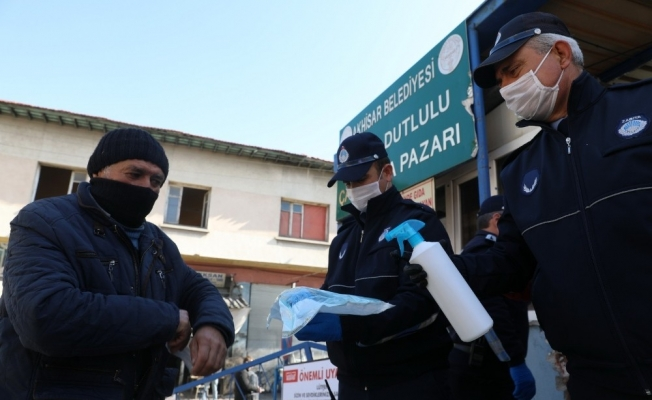 Akhisar Belediyesi halk sağlığını korumaya devam ediyor