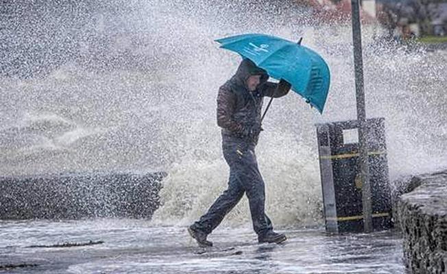 Sağanak yağış ve kuvvetli rüzgar geliyor!