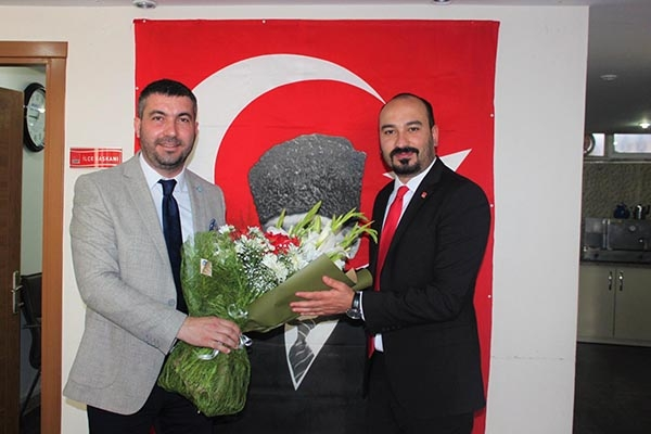 İYİ Parti Yunusemre Yönetiminden CHP Ziyareti