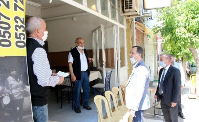 Manisa CHP çarşı esnafının sorunlarını dinledi