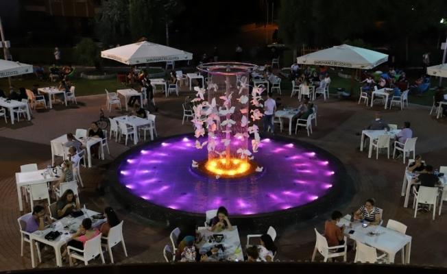 Saruhanlı Belediyesi canlı müzik sezonunu açtı