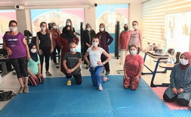 Yunusemreli kadınlar yeniden spora başladı