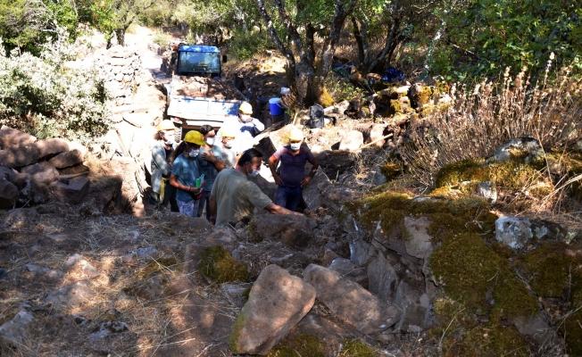 Aigai Antik Kenti'nde 2 bin yıllık antik yollar ortaya çıkarılıyor