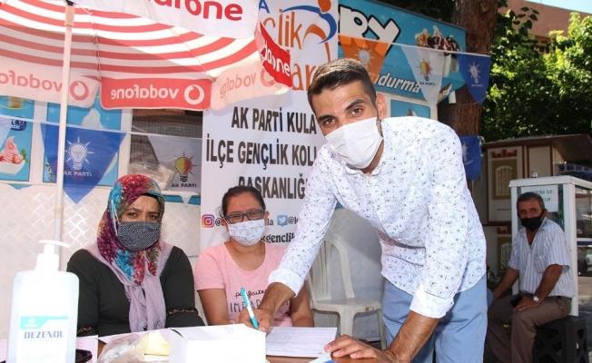 AK Parti Kula Gençlik Kollarından üye çalışması