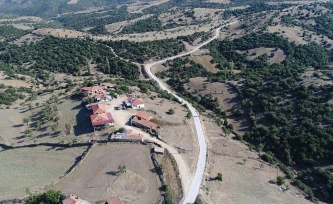 Manisa Büyüşehir'den asfalt rekoru: '40 günde 405 kilometre asfalt çalışması'
